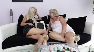 Pussy and ass eating between an old slut and a younger babe