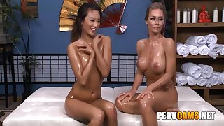 Nicole And Alina Homo Friends Oiled Body Playing - Nicole Aniston And Alina Li
