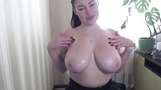 1lavairelav & her incredible Big tits on webcam - brunette girlfriend