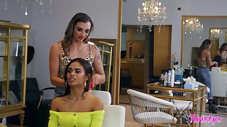 Shrivelled girls Scarlit Scandal and Piper Cox love relating to eat pussy