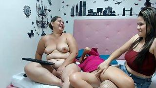 Venezuelan MILFs Crazy Webcam Lesbian Show