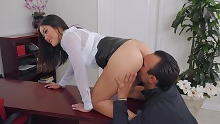 Smooth bonking in the office in Asian boss lady Kendra Spade